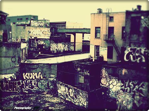 wallpaper urban graffiti download graffiti urban wallpaper 1600x1200 wallpoper
