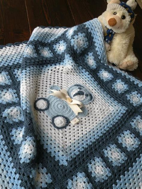piastrelle uncinetto per coperte copertina bimbo con piastrelle lavorate all uncinetto