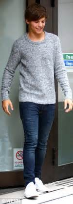 harry styles tattoo jumper australia harry styles shows off his latest tattoo believed to be