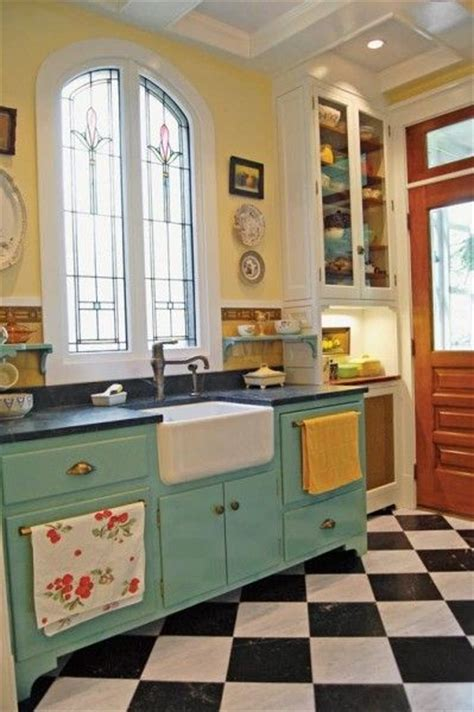 retro style kitchen cabinets vintage kitchen design ideas