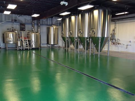Turtle Anarchy Brewing Company: Green Floors!!!