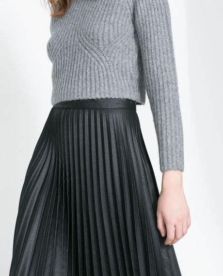 zara pleated midi skirt in black grey lyst
