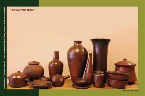 gambar image  design art kerajinan tanah liat keramik guci