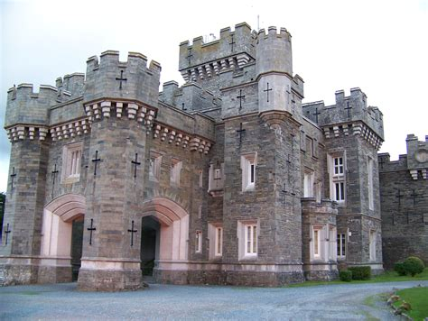 castle style homes images