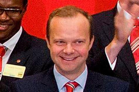 ed woodward manchester united manchester united executive vice chairman ed woodward