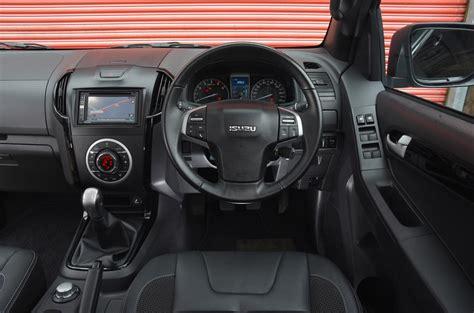 isuzu  max review  autocar