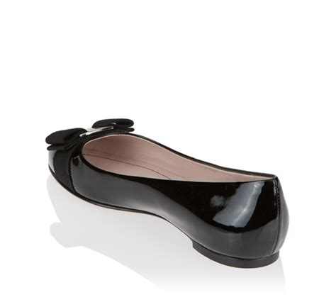salvatore ferragamo varina flat shoe reference guide