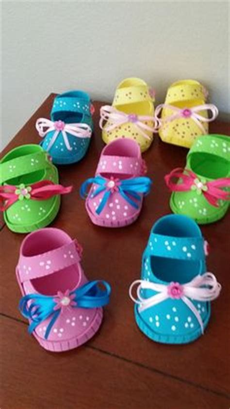 zpatitos para baby shower en goma eva las manualidades 1000 images about zapatos de fofuchas on pinterest