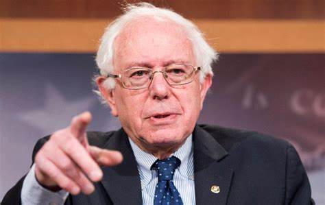 bernnie sanders bernie sanders warns that the republican crazy may get worse without john boehner around
