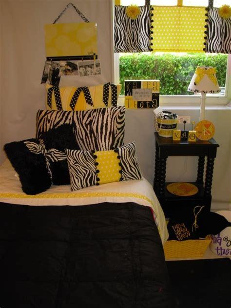 stonehill college dorm floor plans 1000 images about dorm decor on pinterest home