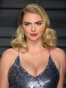 Kate Upton At Vanity Fair Oscar 2017 In Los Angeles