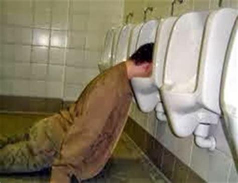 imagenes graciosas de borrachos vomitando imagenes lindas para compartir fb fotos graciosas de