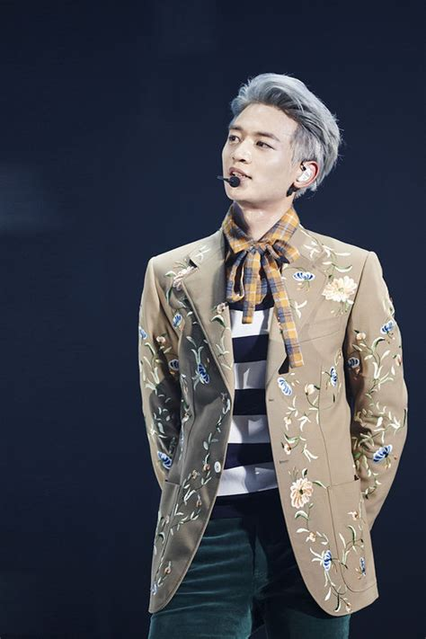 Minho White shinee s minho talks about recent stress and official