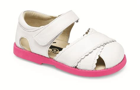 see run sandals add to cart