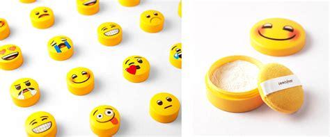Innisfree X Emoji No Sembun Mineral Powder innisfree no sebum x emoji mineral powder 5g limited