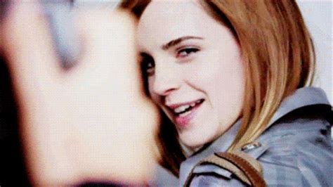 emma watson laughing emma watson laughing celebrities myniceprofile com
