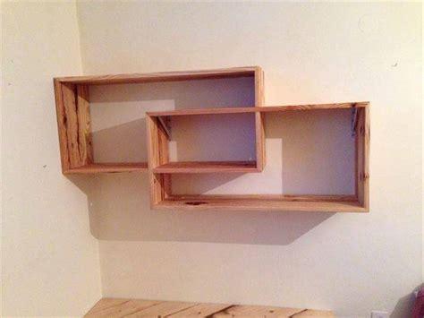 Diy Desk With Shelves by Diy Pallet Desk With Style Shelves