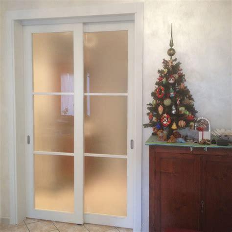 porte scorrevoli a due ante progetto porta scorrevole a due ante idee falegnami