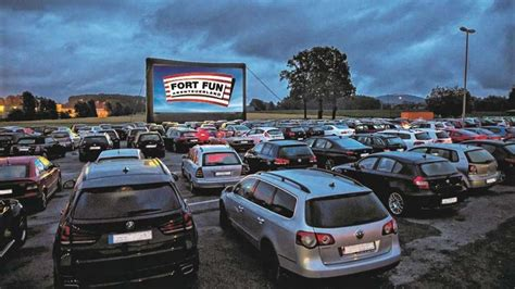 Auto Kino by Autokino Woche Am Fort Startet Heute Treckerkino Als