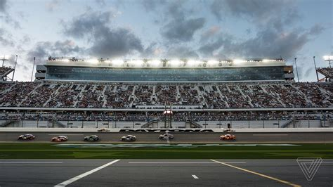Attendance Daytona 500 by This Year S Daytona 500 Was A Beta Test For The Future Of