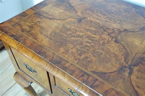 Holz Polieren Schellack by Antiker Englischer Schreibtisch In Wallnuss Schellack Poliert