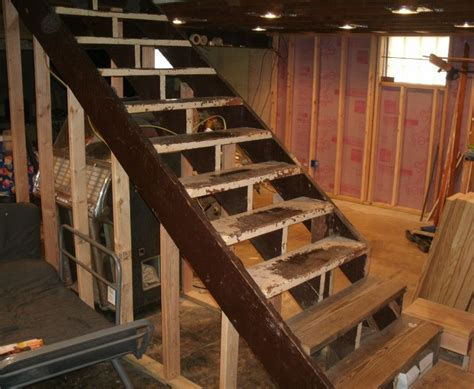 How To Build Stairs By Choosing The Materials And Designs How To Make Basement Stairs