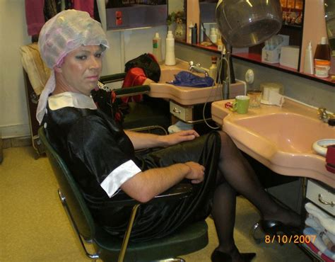 sissy maid in hair rollers 16 best images about sissies in salons on pinterest