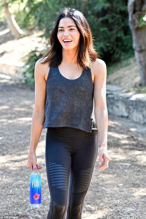 Jlo Ready For Up by Dewan Tatum Shows A Hint Of Toned Tummy On Hike