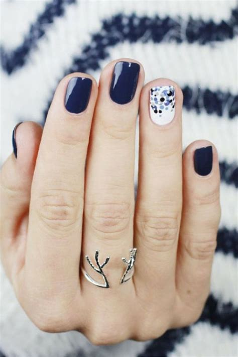 top  ideas  winter nail designs  pinterest