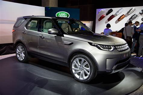 land rover discovery review ratings specs prices    car connection