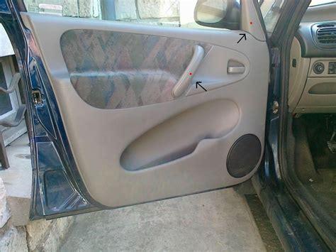 comment redresser une porte de voiture comment demonter l interieur d une porte de voiture voitures
