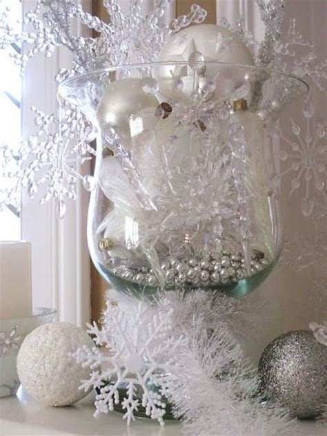 5 snowflake decorations for your winter wonderland baby