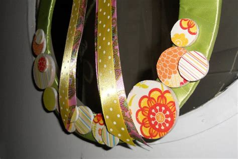 Stelan Polkadot 2 Pockets Ribbon craft month 2011 day 1 wreath mouse in my pocket