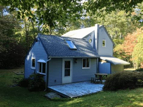 Country Cottage Homes For Sale by Norfolk Ct Country Cottage For Sale Elyse Harney Real Estate