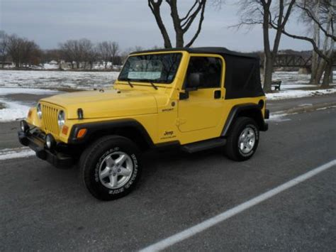 yellow jeep 4 door find used 04 jeep wrangler sport 4x4 yellow manual cd soft