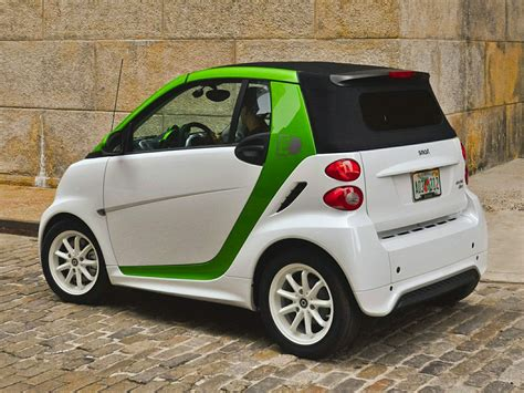 smart car reviews 2013 2013 smart fortwo electric drive price photos reviews