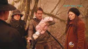 robin bell once upon a time 5x16 robin with baby and