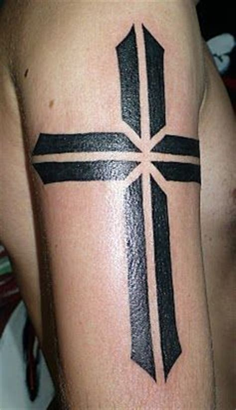 cool cross tattoos for men 1000 images about ideas on cross