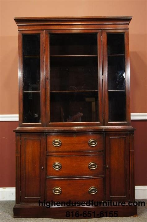 Duncan Phyfe China Cabinet duncan phyfe 42 quot bow front mahogany china cabinet