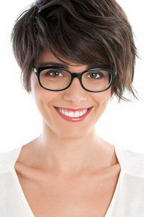 kurzhaarfrisuren damen brillentraeger femmes  lunettes