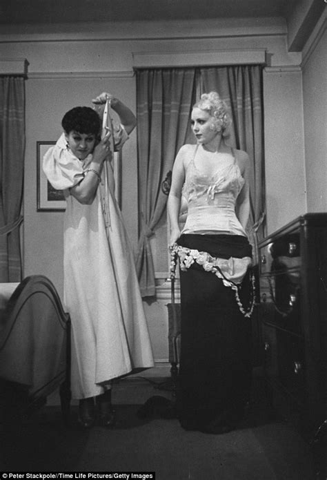 women undressing in bedroom life magazine life publishes step by step guide in 1930s
