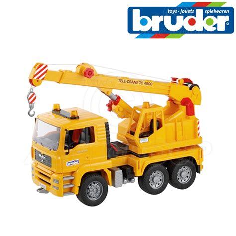 bruder toys bruder toys 02754 tga crane truck working crane