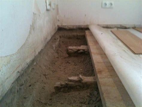 estrich im bad erneuern altbau boden sanieren die sch 246 nsten einrichtungsideen