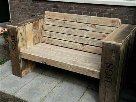 bench made from wooden pallets 19 diy wooden pallet bench diy to make