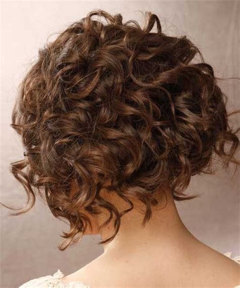 15 curly hairstyles for 2018 flattering styles for