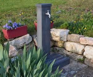 fontaine a eau pour jardin fontaine de jardin crocus