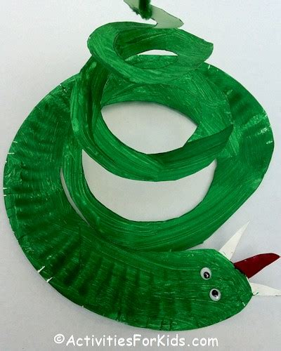 Paper Plate Snake Craft - paper plate snake craft for