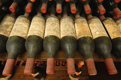 cantina illuminati antico e moderno insieme illuminati vini