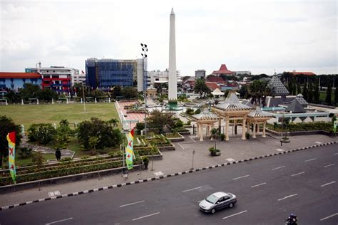 Kaos Desain Explore Kota Indonesia I Raja At Kua 48 kota yang paling bersih ya surabaya
