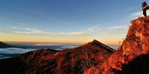 """Bukit Sikunir dan """"Sunrise"""" Terbaik di Jateng Kompas.com"""